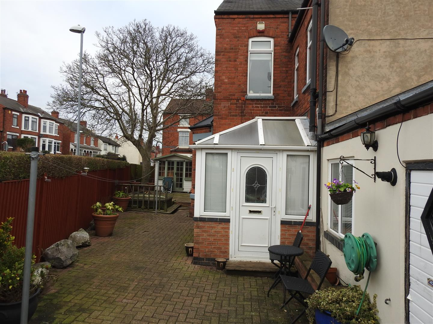 5 Bedrooms End Of Terrace House for sale in Derbyshire Lane, Hucknall, Nottingham